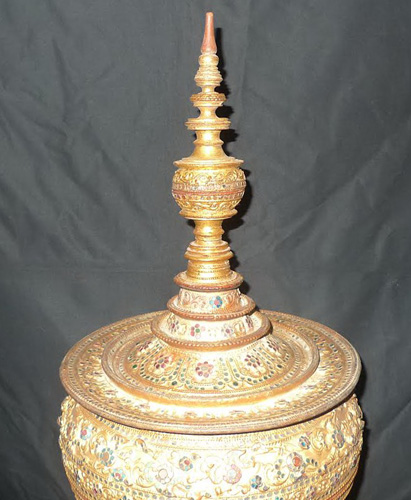 Hsun Hok - temple food vessel