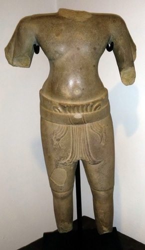Khmer torso from known collection, located in France