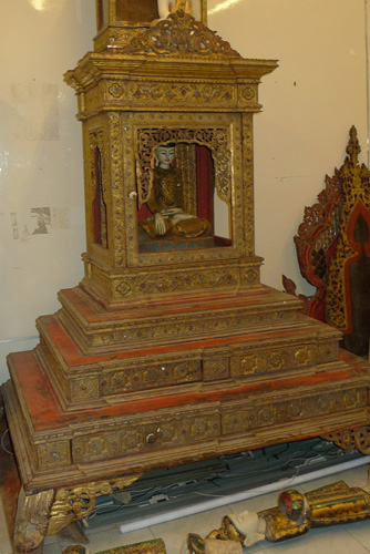 L5200-UL Temple Buddha shrine (sold empty)  Status : Available Click on picture for enlarge